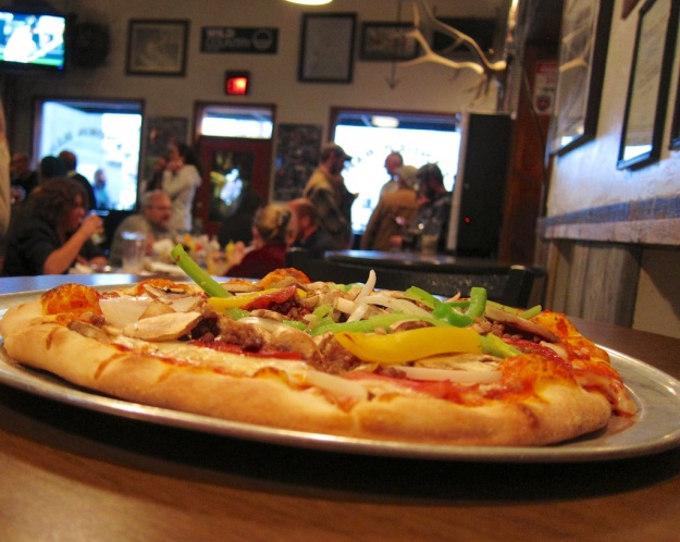 Again, the liveliness of the Lander Bar kept pace with the pizza