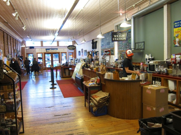 Getting a final caffeine jolt at Montana Coffee Traders before my long drive into the night