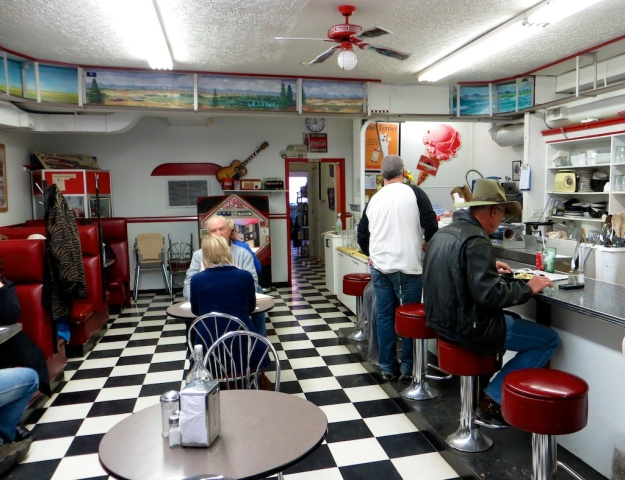 Evelyn's Memory Lane packs in the locals to this 1950s'-style diner in High River