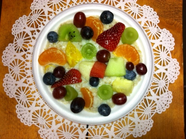 It's hard to see the creamy oatmeal under all that fruit