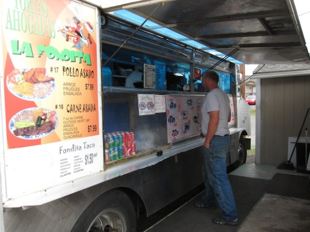 The Taqueria La Fondita truck in a Tacoma parking lot