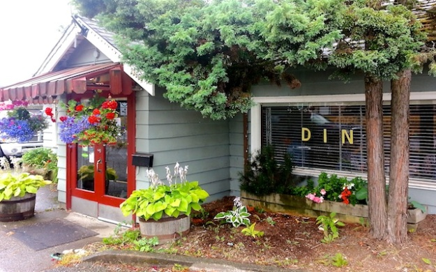 Hilltop Diner Cafe is a good place to enjoy an old-fashioned, home-cooked meal
