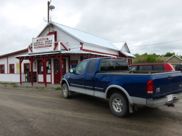 There's a real general store here in Twin Butte, along with a fine Mexi-American restaurant