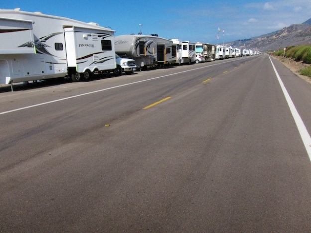 Here's what oceanside camping looks like outside Ventura