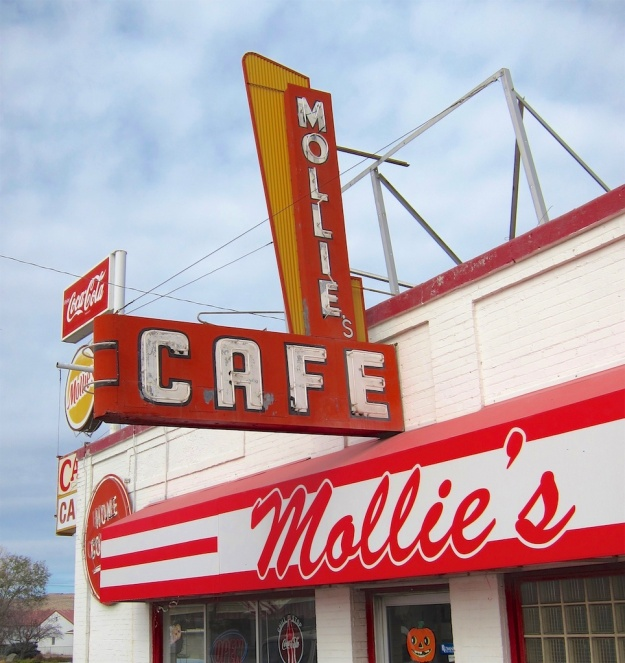 Mollie's Cafe is a classic diner just off the interstate in tiny Snowville, Utah